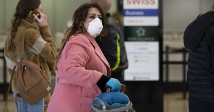 """Coronavirus, """"Problemi di liquidità, voucher al posto dei rimborsi per i biglietti aerei"""": la lettera di 12 Paesi alla Commissione europea"""