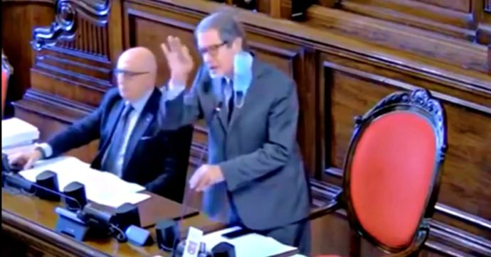 Sicilia, si dimette dirigente del Dipartimento lavoro: aveva firmato l'accordo sul bonus ai dipendenti per accelerare pratiche Cig