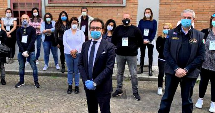 """Coronavirus, il ministro Bonafede: """"Stiamo lavorando per ripresa colloqui in carcere"""""""