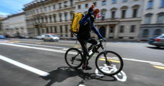 """Coronavirus, i carabinieri ai pm di Milano: """"Sporadiche consegne di mascherine ai rider da parte di Deliveroo e Glovo"""""""