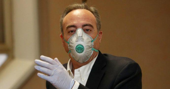 """Coronavirus, l'errore di Gallera in conferenza stampa diventa un caso. Lui: """"Ci vogliono due positivi per infettarmi? Detto per semplificare"""""""