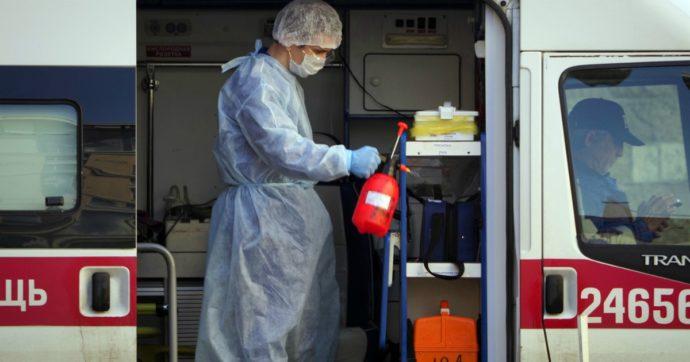 """Coronavirus, la Russia supera l'Italia per numero di contagi: sono oltre 220mila. Putin: """"Salvate migliaia di vite, ora Fase 2"""""""