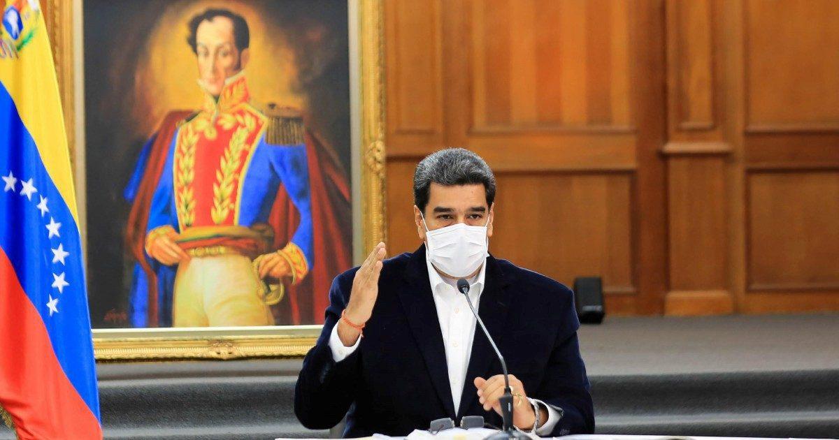 """Maduro sventa """"la baia dei Porcellini"""""""