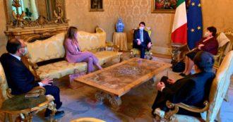 Governo, Conte incontra Italia viva dopo le tensioni: il premier ha chiesto responsabilità, i renziani più spazio. Dal decreto maggio alla sfiducia a Bonafede: gli ostacoli per la maggioranza