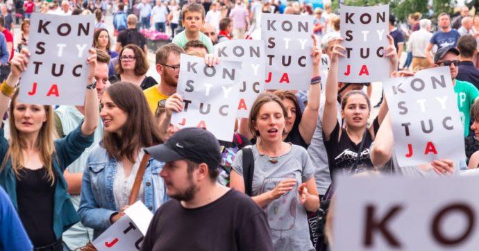 In Polonia sta scomparendo lo Stato di diritto. E gli avvocati europei si mobilitano