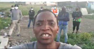 """Lavoratori stranieri, il sindacalista Soumahoro: """"Regolarizzare per dovere di Stato, non per convenienza. Basta scontri sulla nostra pelle"""""""