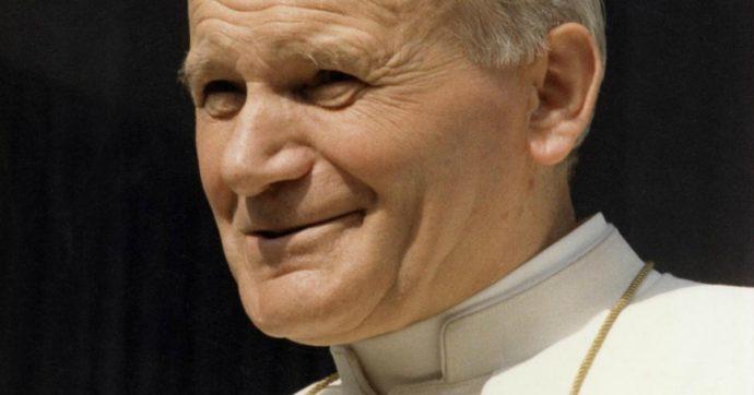 Giovanni Paolo II, a cent'anni dalla nascita Papa Francesco ricorda in un libro la sua 'eredità viva'