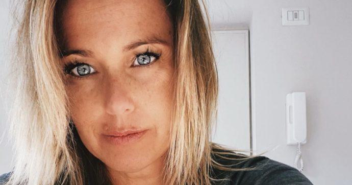 """Sonia Bruganelli attaccata sui social: """"La foto con parenti? Abbiamo avuto i risultati: siamo negativi"""". Ma gli haters non si placano: """"Certo per quelli come voi ci sono i tamponi, viva Bim Bum Bam"""""""