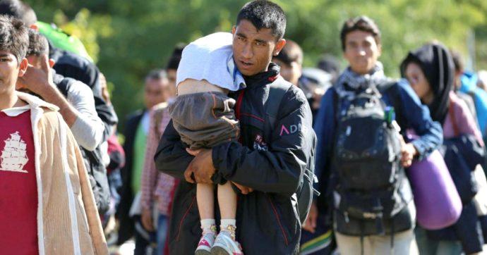"""Ue, la Corte di Giustizia: """"Liberare subito i migranti al confine tra Serbia e Ungheria"""""""