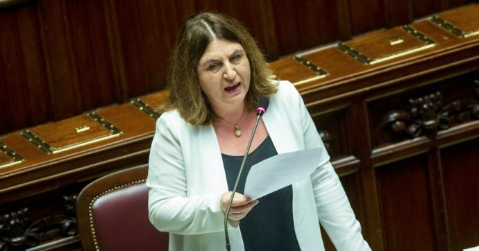 """Lavoro, la ripartenza secondo la ministra Catalfo: """"L'economia verde creerà 500mila posti ed eviterà il disastro dell'occupazione"""""""