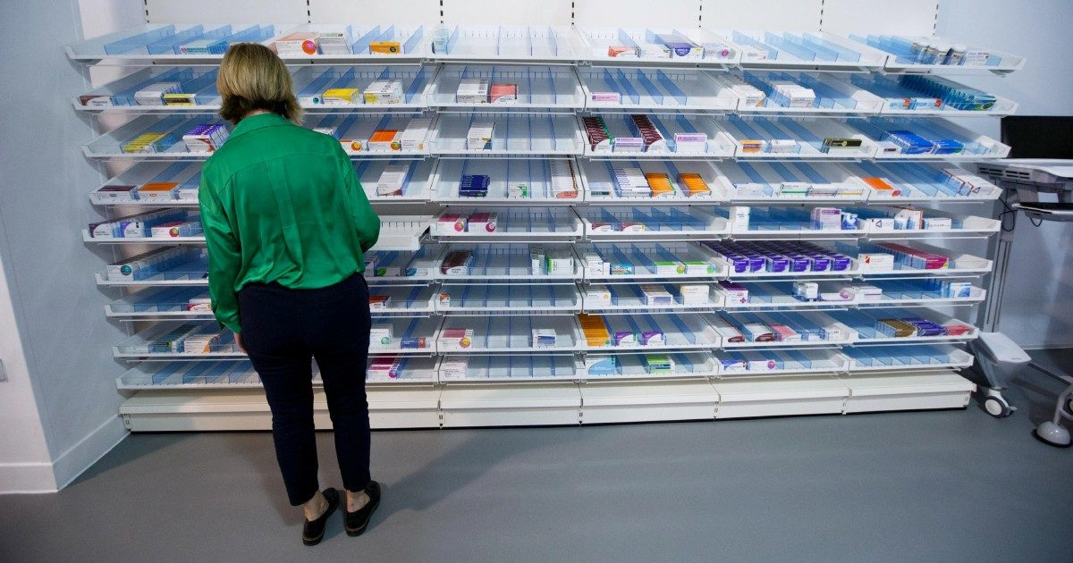Farmaci troppo cari? Il decreto anti-Big Pharma dimenticato nei cassetti di Speranza. L'inchiesta su FqMillenniuM in edicola