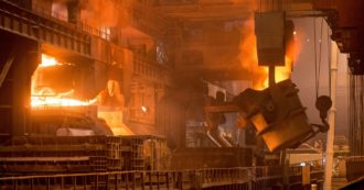 """Coronavirus, nell'emergenza i colossi dell'acciaio italiano smobilitano. Dalla fuga di Mittal all'addio di Thyssen a Terni. Gli operai: """"Il Covid è una scusa"""". Il sindacalista: """"Inizia stagione di lotta"""""""