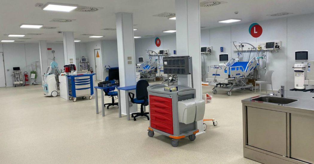 """Coronavirus, il Covid Hospital delle Marche ancora vuoto. La Regione: """"Presto i primi pazienti"""". E precetta medici e infermieri degli ospedali"""
