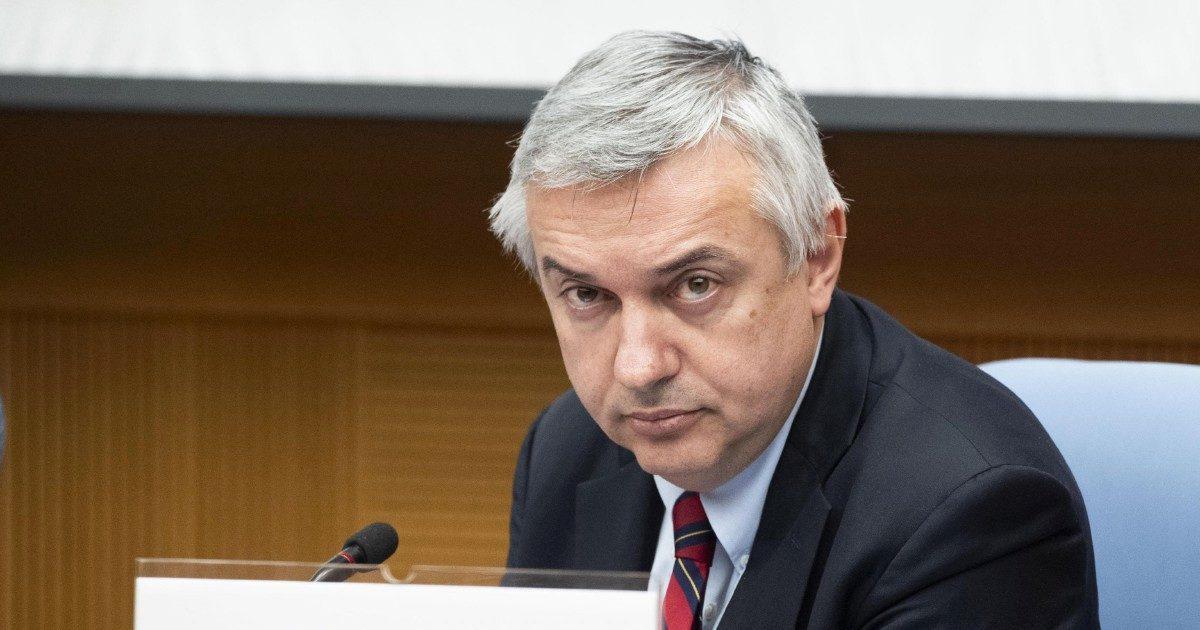 Repubblica: la redazione processa Molinari