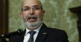 """Puglia, Crimi chiude all'alleanza M5s-Pd: """"Contrasto a Emiliano non archiviabile"""". Ma il sottosegretario 5 stelle Turco: """"Continuità governativa farebbe bene"""""""
