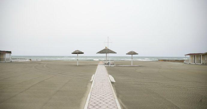 Fase 2, l'Emilia Romagna anticipa la riapertura delle spiagge al 23 maggio. Ecco le linee guida