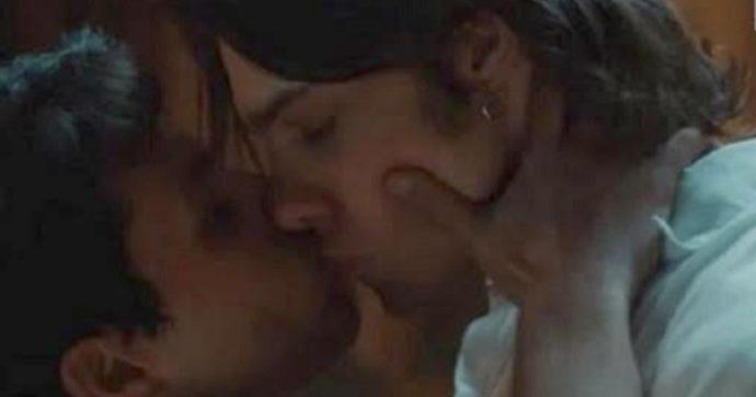 """Vivi e lascia vivere e il bacio gay su Rai Uno, Giampiero De Concilio: """"È piaciuto perché era bello e i tempi sono cambiati"""""""