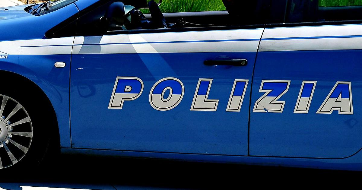"""Firenze, maxi-operazione antidroga: """"Colpito il cartello albanese leader nel traffico"""" thumbnail"""