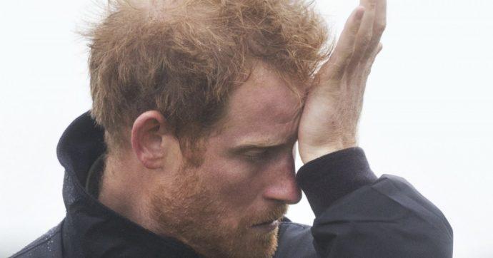 """""""La Regina Elisabetta di nuovo furibonda: a decidere di lasciare la famiglia reale è stato Harry, non Meghan"""""""