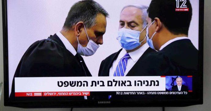 Israele, al via il processo-spettacolo a Netanyahu. Ma è il leader del Likud a mettere lo Stato sul banco degli imputati