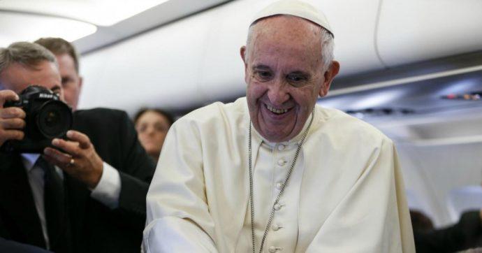 Coronavirus, il Papa invita a non abbassare la guardia. Ma oggi il Covid non è l'unico pericolo