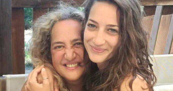 """Elena Aubry, le ceneri rubate da un necrofilo: """"Cerco la donna dei miei sogni, il mio amore"""". La madre della giovane: """"È una persona pericolosa e deve stare in galera"""""""