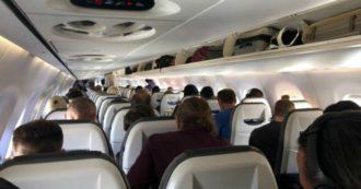 """Coronavirus, """"il mio ritorno dalla Svezia all'Italia su aerei affollati e senza distanziamento a bordo"""" (FOTO)"""