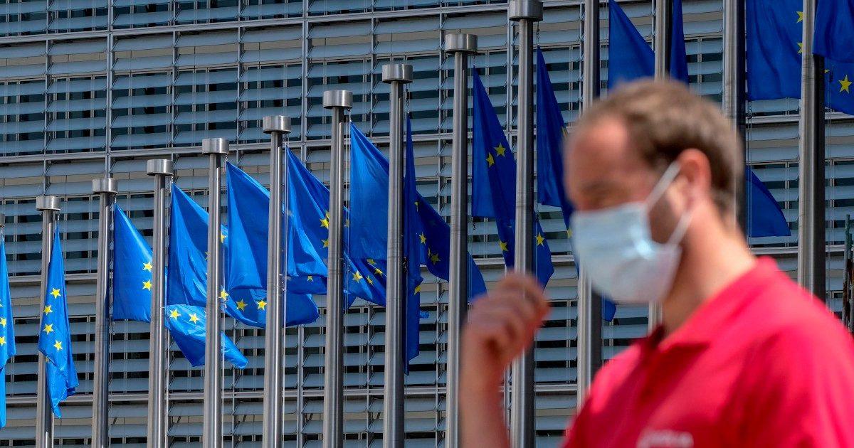Il Mes in un angolo: ci sono gli eurobond, ma si tratta ancora