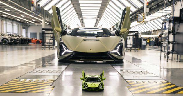 LEGO Technic Lamborghini Sián FKP 37, l'emozione diventa mat