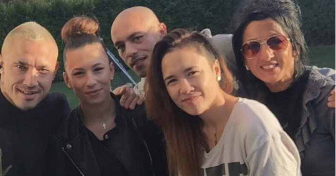 """Lutto per Radja Nainggolan, morta la nipote del calciatore: """"Non riesco a crederci"""". Da tempo lottava contro il cancro"""
