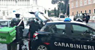 Caporalato sui rider, più di 1000 fattorini fermati in strada e ascoltati dai carabinieri