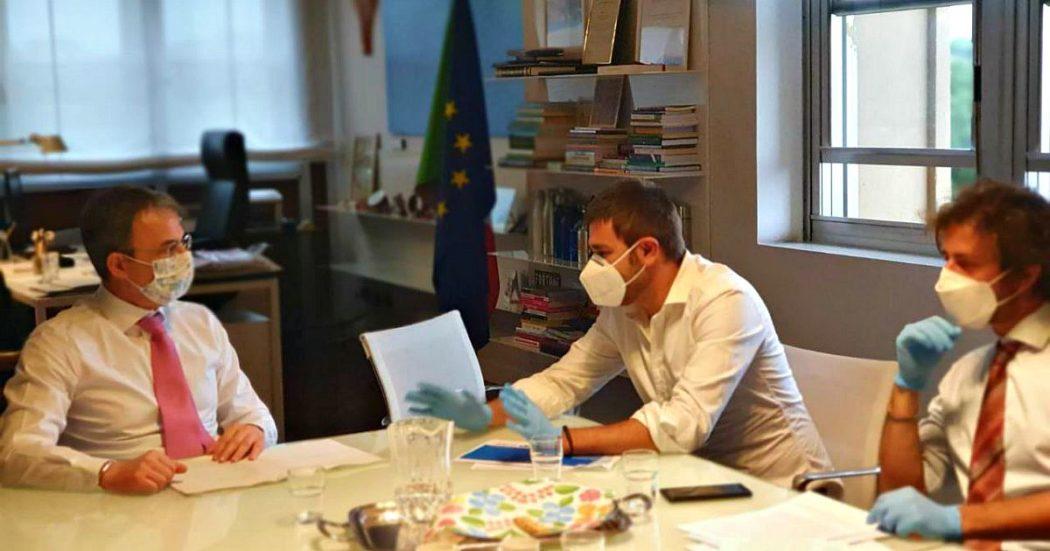 """Di Battista al ministro Costa: """"Istituire servizio ambientale per 200mila under 32 all'anno. Costi? Meno delle grandi opere inutili"""""""