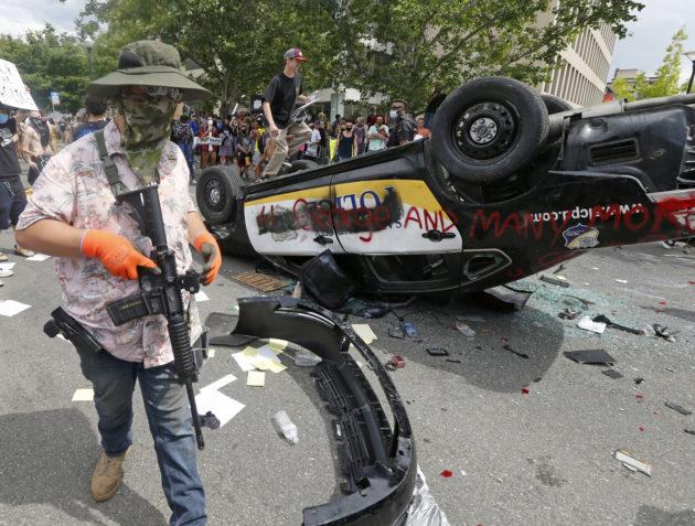 George Floyd, proteste in Usa: tre morti negli scontri in Ke
