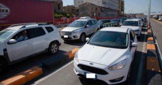 3 giugno, riaperti i confini regionali: traffico sulle tangenziali, code agli imbarchi per la Sicilia, termoscanner in aeroporti e stazioni