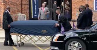 George Floyd, l'arrivo del feretro al santuario di Minneapolis per la cerimonia funebre