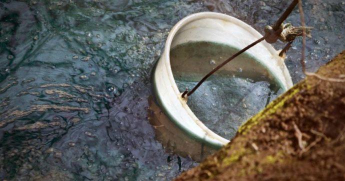 """Inquinamento, classifica delle acque: """"Il 60% di fiumi e laghi contaminati da industria, pesticidi, microplastiche"""". Mappa Legambiente"""