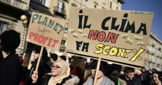 """Clima, lobby Ue in azione per non perdere i permessi gratuiti a emettere Co2. Anche se Bruxelles proteggerà la sua industria con un """"dazio ambientale"""""""