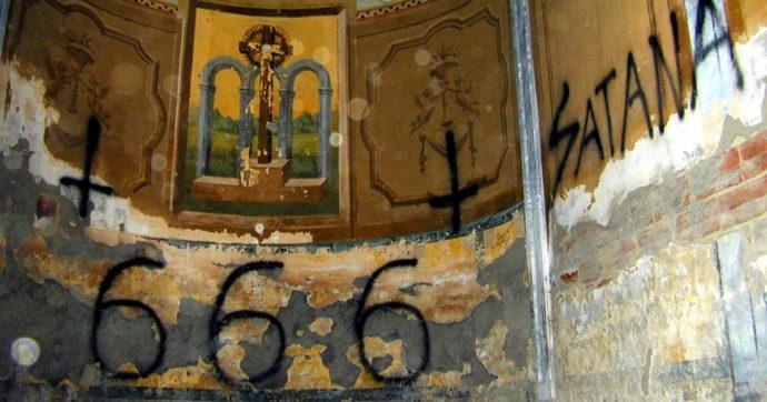 Setta satanica di Prato, nuovi particolari: riti vudù, cerimonie propiziatorie e sesso di gruppo con la scusa di favorire la licantropia
