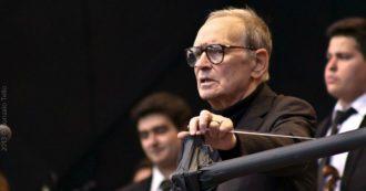 Ennio Morricone: la musica, gli scacchi, il calcio. 70 milioni di dischi venduti, 70 anni d'amore con la sua Maria