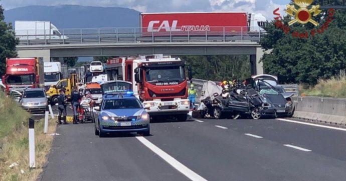 """Incidente A1 Arezzo, arrestato il padre dei bimbi morti nello schianto: l'accusa è omicidio stradale. Testimoni: """"Andava a zig-zag"""""""