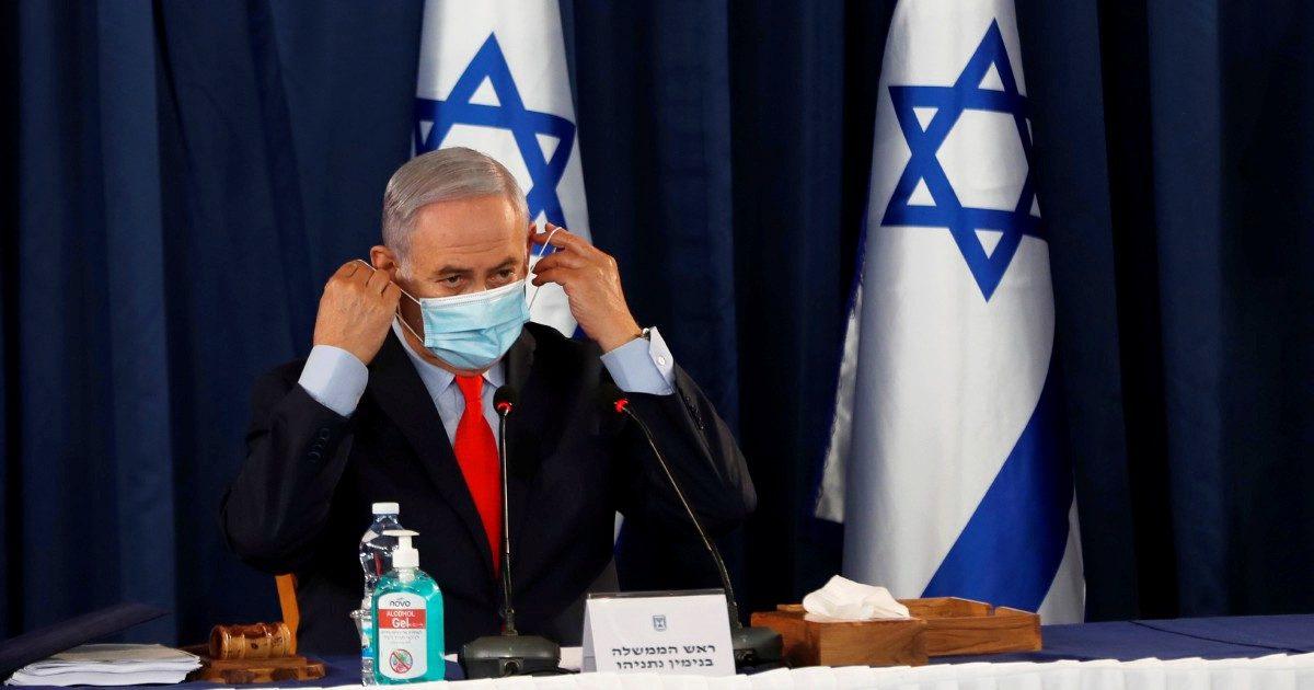 Tel Aviv grida 'no' all'annessione