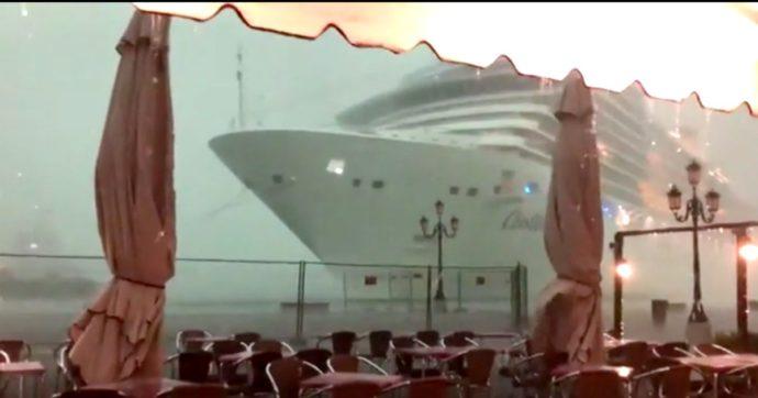"""Venezia, nave da crociera sbandò per la bufera: Procura chiede l'archiviazione. """"Fatto tutto il possibile per evitare conseguenze disastrose"""""""