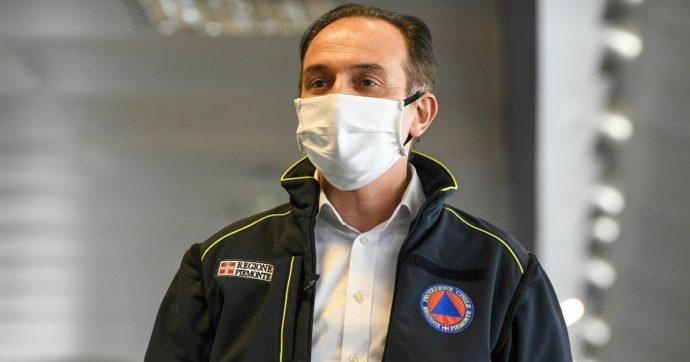 Piemonte, il governatore Cirio chiude i centri commerciali nel fine settimana. Alle scuole superiori metà delle lezioni a distanza