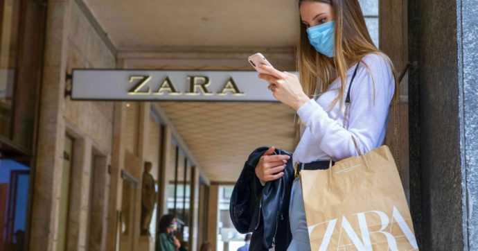 Coronavirus, Inditex (Zara) chiude 1.200 store nel mondo: la pandemia accelera le vendite online e si rimpicciolisce la rete di negozi