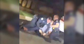 Rayshard Brooks, afroamericano ucciso ad Atlanta durante un controllo: il video girato dai testimoni. L'agente spara tre colpi alla schiena