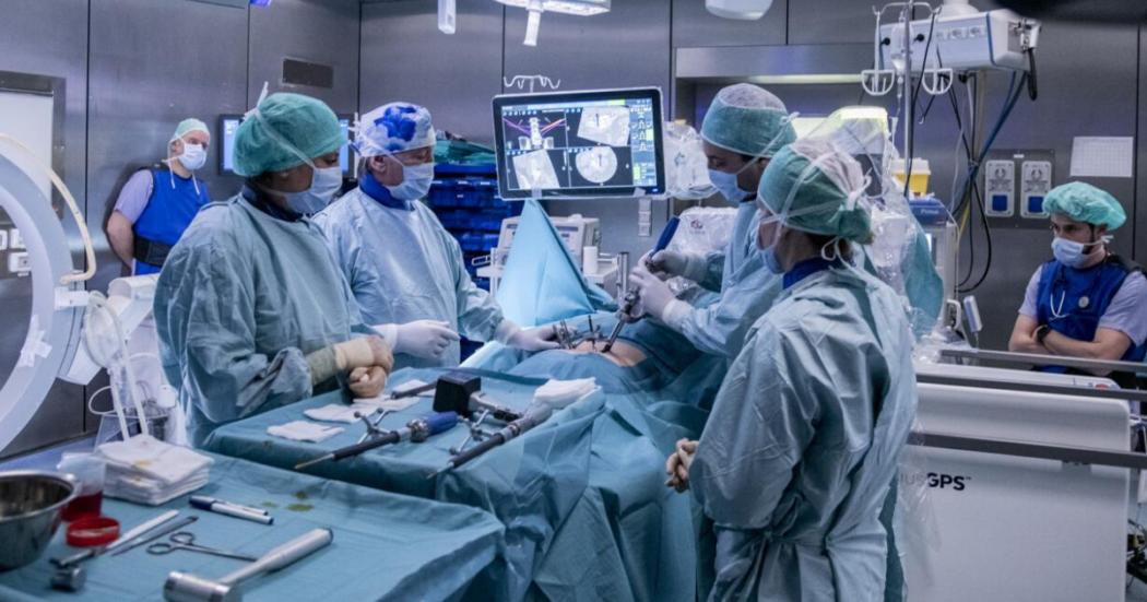 """Medicina, sono di più le laureate ma non le chirurghe. """"Mi dissero: sei brava, peccato che tu sia una donna. Troppa fatica e incognita gravidanze, in sala operatoria preferiscono gli uomini"""""""