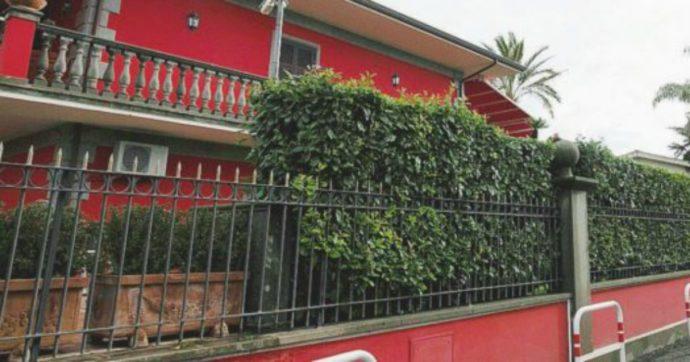 Casamonica, la villa rossa simbolo del clan sanata con i condoni dei governi Berlusconi. Ora il sequestro dopo un'intestazione fittizia