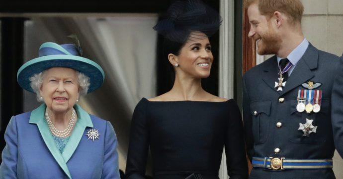 """Lilibet Diana, """"la regina Elisabetta non sapeva nulla e non ha gradito quel nome"""". Scoppia la polemica, Harry e Meghan diffidano la Bbc"""