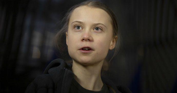 """Coronavirus, Greta Thunberg: """"Cambiamento climatico sia trattato con la stessa urgenza della pandemia"""""""