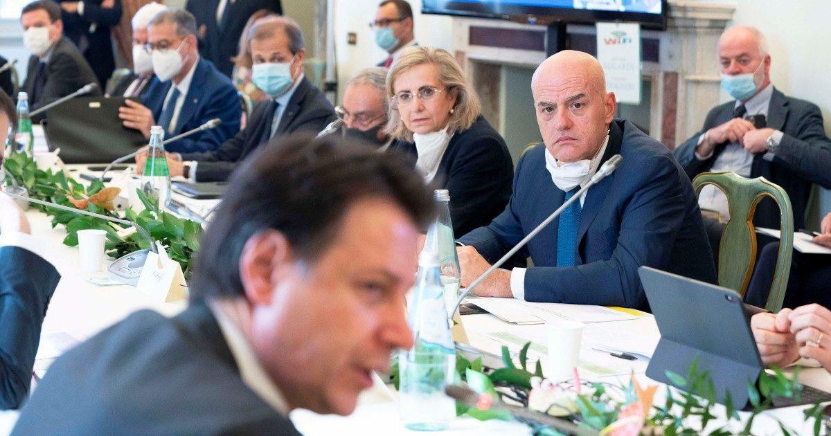 Conte riapre al confronto Salvini e Meloni: vediamo